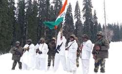 BSF celebrates Republic Day at minus 20°C in Kashmir
