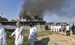 Sharad Pawar visits Serum Institute in Pune in wake of fire