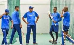 Hardik Pandya and Shikhar Dhawan (both on left) along with