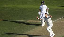 1st Test: Rahane, Vihari hold fort after Boult runs through Indian top-order on Day 3