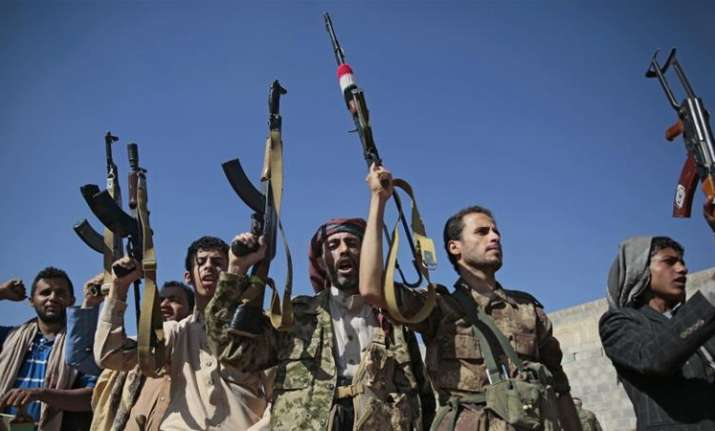 26 people injured in a missile attack by Yemen's rebel