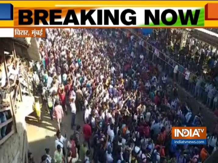 Pulwama Terror Attack: Protesters chanting 'Vande Matram' block Mumbai locals