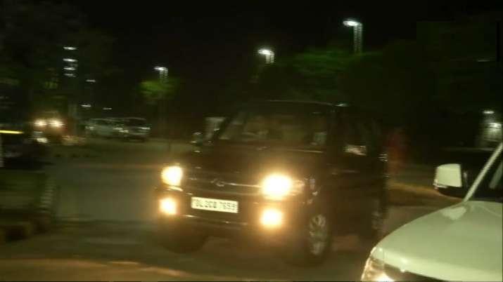 After Lucknow road show, Priyanka Gandhi visits Jaipur to meet husband facing ED probe