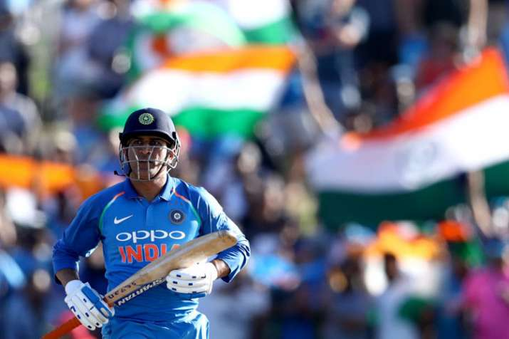 Sourav Ganguly backs MS Dhoni to continue after World Cup