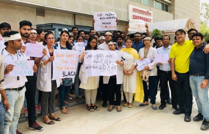 Bengal striking doctors want open door meeting with Bengal