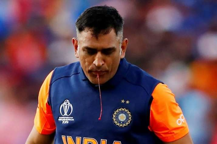 2019 World Cup: Team India official provides update on MS Dhoni's thumb injury