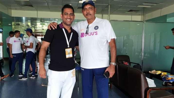 Ravi Shastri posts photo with MS Dhoni; Kohli invites reporter to say hello to Mahi