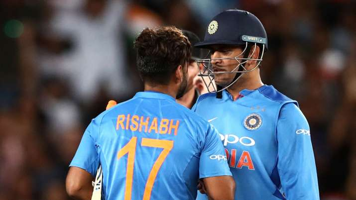 Don't try to be MS Dhoni, be the best Rishabh: Adam Gilchrist advises Pant