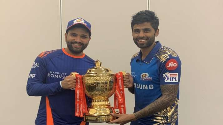 Suryakumar Yadav with MI skipper Rohit Sharma