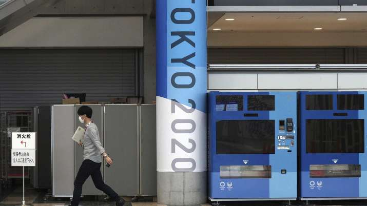 Tokyo hits record 2,848 COVID cases